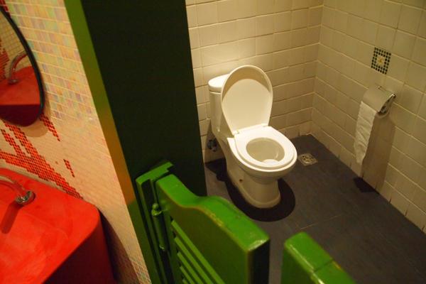 ハイセンストイレ